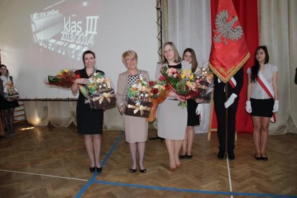 Pani Wicedyrektor Barbara Kalinowska, Pani Dyrektor Małgorzata Górniak i Pani Wicedyrektor Ewa Zaniewska