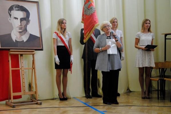 Pani Maria Bartnicka dziękuje w imieniu nagrodzonych nauczycieli