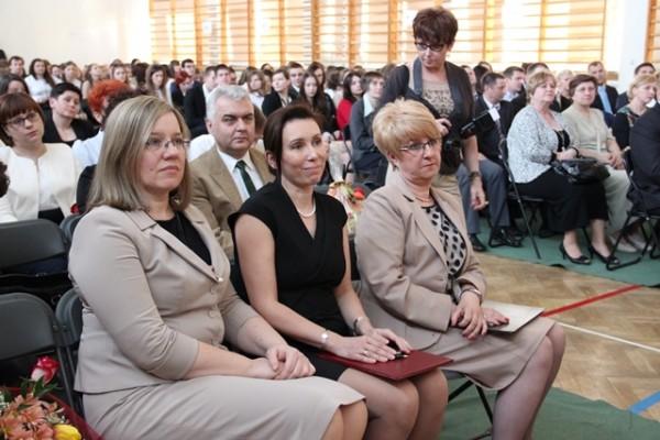 Pani Wicedyrektor Ewa Zaniewska, Pani Dyrektor Małgorzata Górniak i Pani Wicedyrektor Barbara Kalinowska