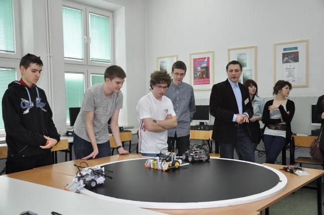 Roboty lego