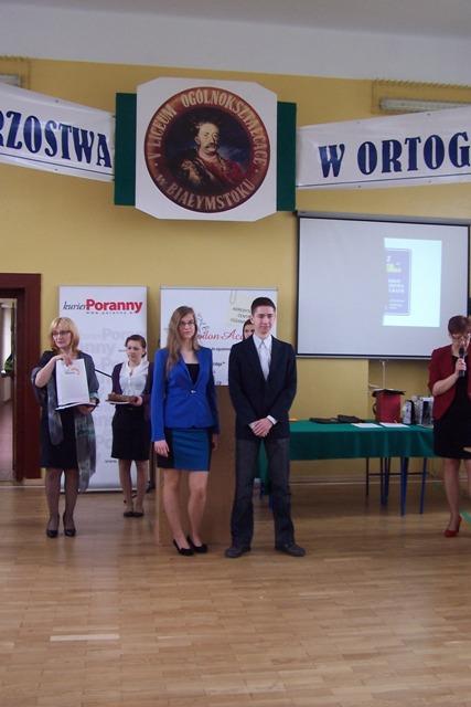 Agata Łochnicka z kl. II c i Dariusz Komosiński z IV LO