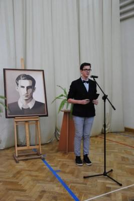 W imieniu uczniów klas pierwszych głos zabrał ucz. kl. I a – Jakub Borys