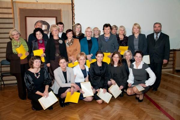Nuczyciele III LO uhonorowani przez Panią Małgorzatę Górniak nagrodą Dyrektora Szkoły