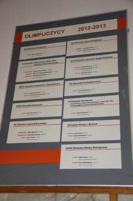 Poster przedstawiający olimpijczyków III LO w roku szkolnym 2012/2013