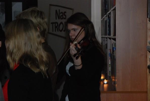 Na skrzypcach gra Natalia Dawidowicz