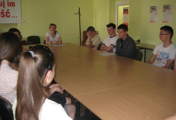 Pani Małgorzata Grabowska wraz z uczniami kl. IId