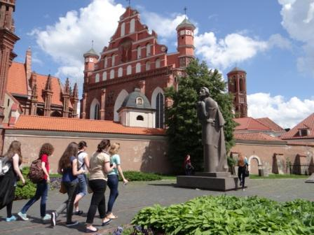Pomnik Adama Mickiewicza w Wilnie