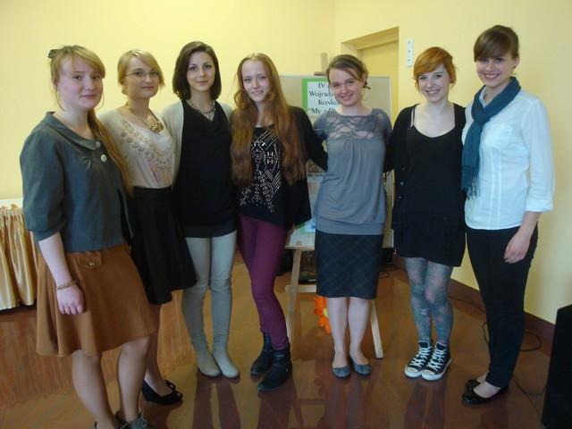 Uczennice reprezentujące III LO im. K.K. Baczyńskiego na IV Wojewódzkim Konkursie My z Podlasia